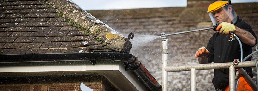 Roof cleaning Battlesden