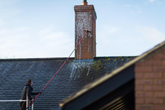 roof-cleaning-process-06